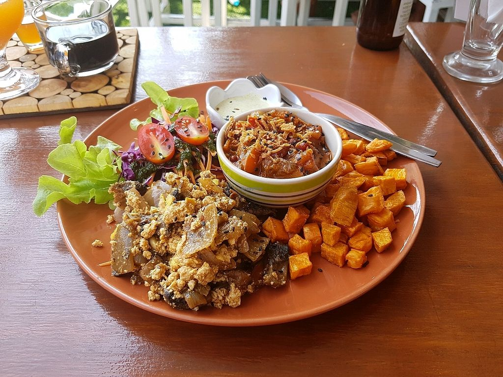 """Photo of Pure Vegan Heaven  by <a href=""""/members/profile/vegatleticas"""">vegatleticas</a> <br/>Breakfast Set <br/> February 26, 2018  - <a href='/contact/abuse/image/72425/363921'>Report</a>"""