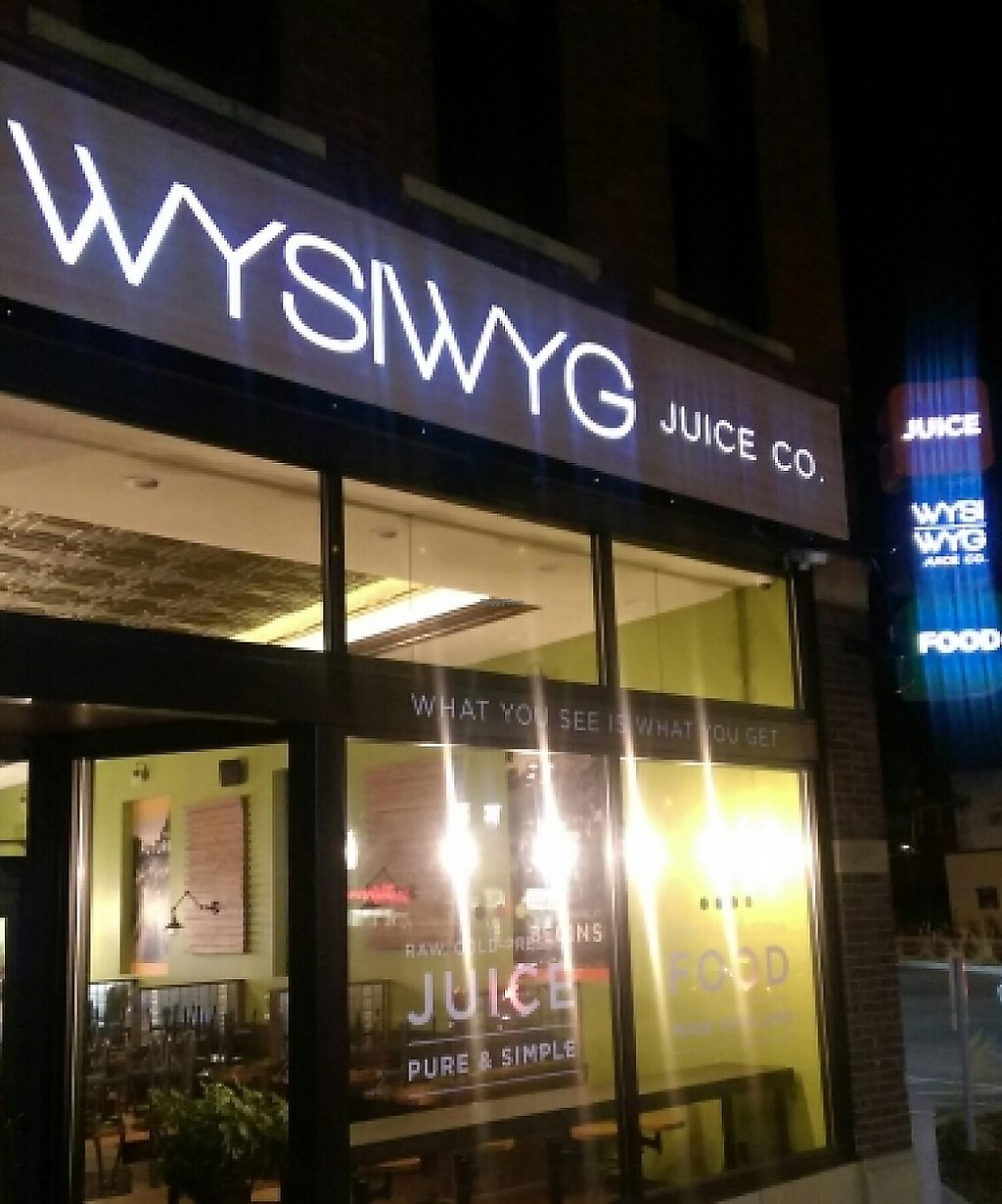 """Photo of WYSIWYG Juice  by <a href=""""/members/profile/andreathinks"""">andreathinks</a> <br/>Downtown Mankato, on Warren and S Front Streets <br/> April 15, 2016  - <a href='/contact/abuse/image/72456/206141'>Report</a>"""