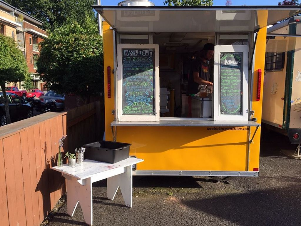 """Photo of Hash It Out - Food Truck  by <a href=""""/members/profile/community"""">community</a> <br/>Hash it Out - Food Truck <br/> April 15, 2016  - <a href='/contact/abuse/image/72475/144717'>Report</a>"""