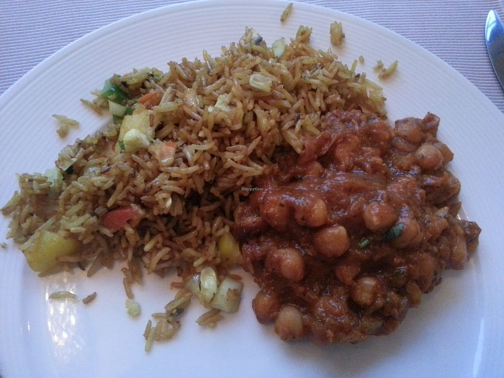 "Photo of Indian Raja  by <a href=""/members/profile/veganette89"">veganette89</a> <br/>Chana Masala with vegetable rice <br/> July 9, 2017  - <a href='/contact/abuse/image/72490/278398'>Report</a>"