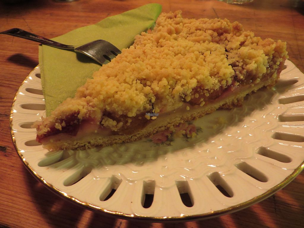 """Photo of CLOSED: Janoszek  by <a href=""""/members/profile/VegiAnna"""">VegiAnna</a> <br/>vegan streusel cake with plums and vanilla pudding <br/> September 30, 2016  - <a href='/contact/abuse/image/72495/178664'>Report</a>"""