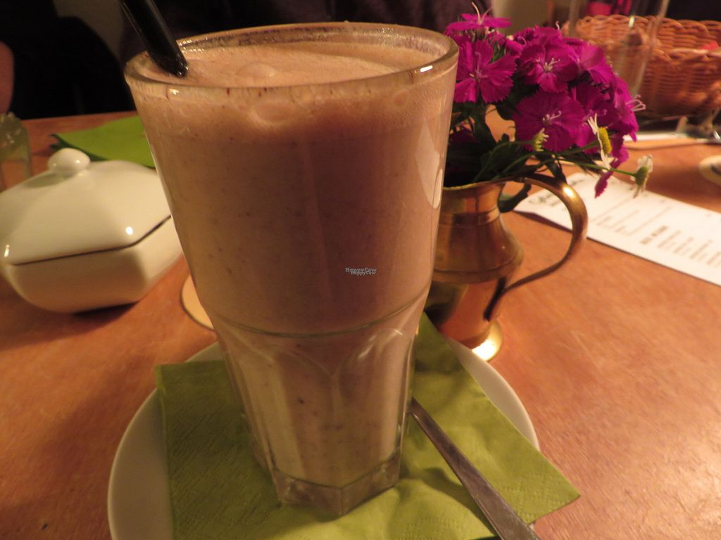 """Photo of CLOSED: Janoszek  by <a href=""""/members/profile/VegiAnna"""">VegiAnna</a> <br/>vegan banana, peanut, and chocolate smoothie <br/> September 30, 2016  - <a href='/contact/abuse/image/72495/178667'>Report</a>"""