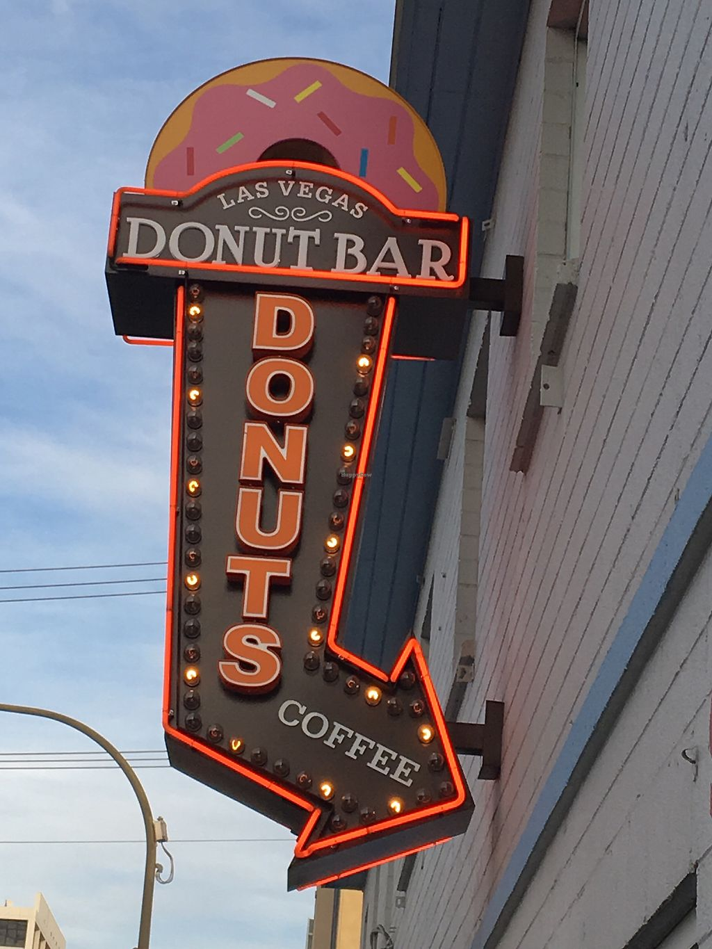 """Photo of Donut Bar  by <a href=""""/members/profile/LeahLinJones"""">LeahLinJones</a> <br/>Las Vegas Donut Bar <br/> September 19, 2017  - <a href='/contact/abuse/image/72504/306061'>Report</a>"""