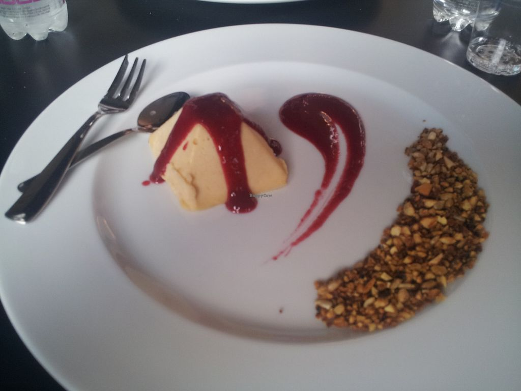 """Photo of CLOSED: Mia  by <a href=""""/members/profile/Joyatri"""">Joyatri</a> <br/>Peach semi-freddo with raspberry sauce and toasted nuts <br/> July 16, 2016  - <a href='/contact/abuse/image/72560/160272'>Report</a>"""