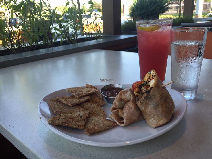 "Photo of CLOSED: LYFE Kitchen  by <a href=""/members/profile/DanaS45"">DanaS45</a> <br/>vegan breakfast wrap at LYFE  <br/> August 25, 2016  - <a href='/contact/abuse/image/72579/171382'>Report</a>"