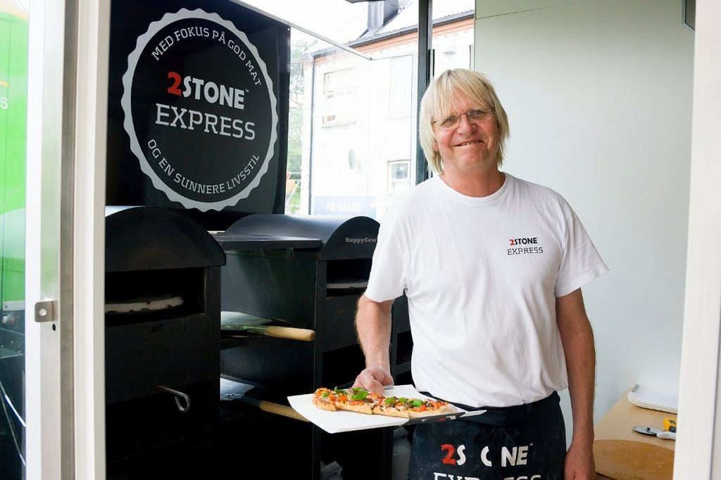 "Photo of 2Stone Express  by <a href=""/members/profile/Kristalina"">Kristalina</a> <br/>It is quite likely that you will be buying your food from this guy when you stop by. A real nice norwegian guy with great english <br/> April 24, 2016  - <a href='/contact/abuse/image/72724/145957'>Report</a>"