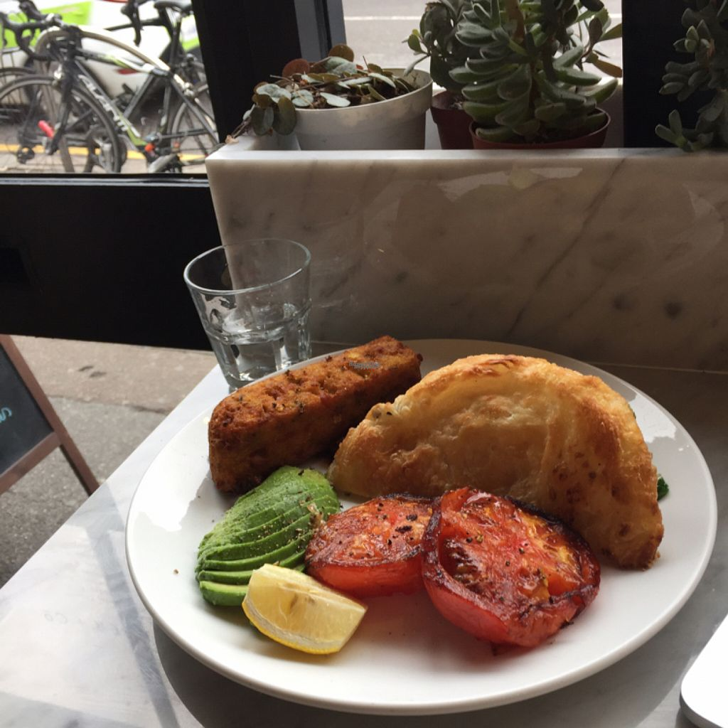 "Photo of Buhler & Co  by <a href=""/members/profile/Lucas_plantbased"">Lucas_plantbased</a> <br/>Vegan option fry up! SO yum! <br/> October 31, 2016  - <a href='/contact/abuse/image/72806/185642'>Report</a>"