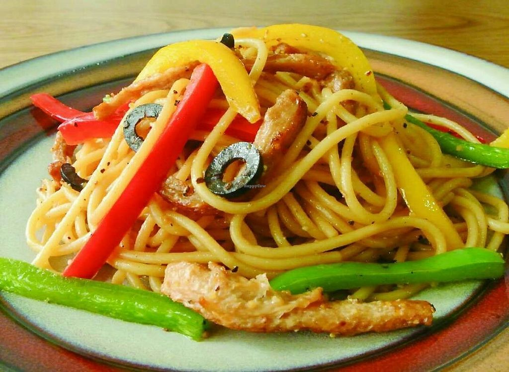 """Photo of Bugua  by <a href=""""/members/profile/SophiePoon"""">SophiePoon</a> <br/>Fried spaghetti with Bell Peppers <br/> June 30, 2017  - <a href='/contact/abuse/image/72826/275117'>Report</a>"""
