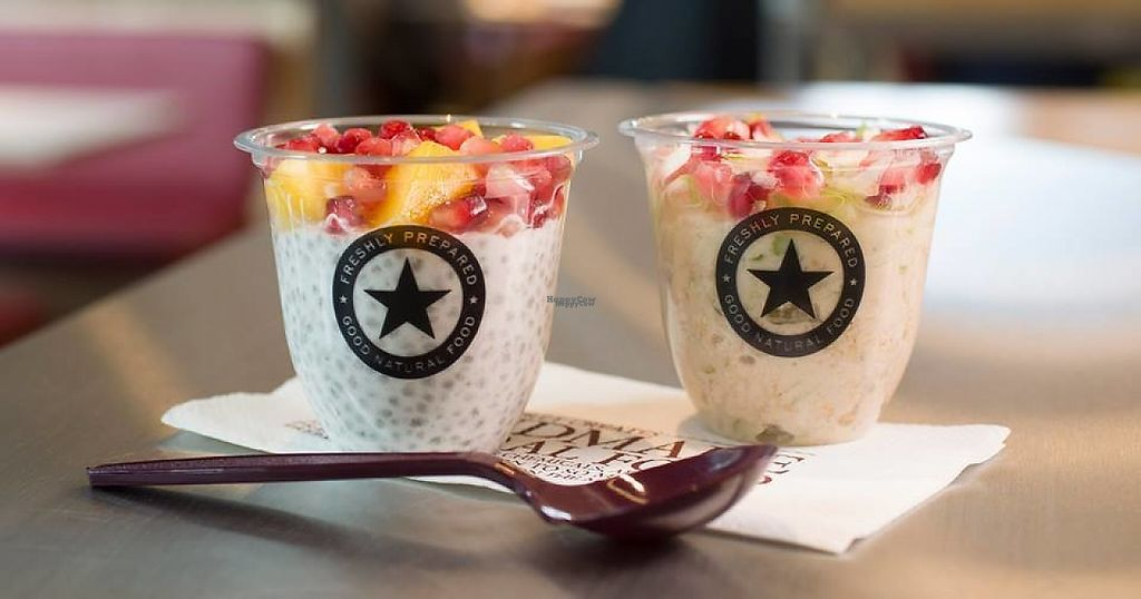 """Photo of Pret  by <a href=""""/members/profile/community"""">community</a> <br/>Mango Chia Pot and Apple & Pomegranate Overnight Oats <br/> March 20, 2017  - <a href='/contact/abuse/image/72836/238798'>Report</a>"""