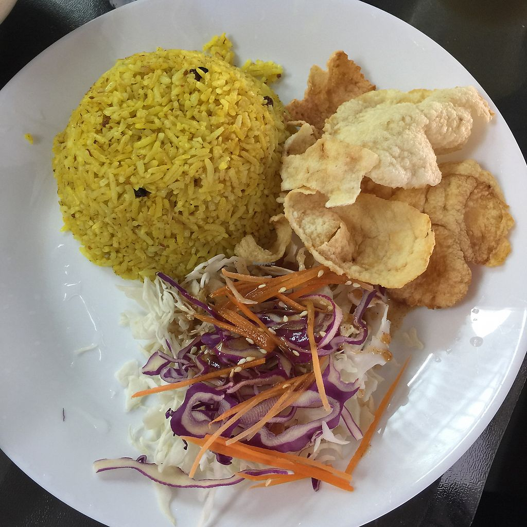 "Photo of Vege Pot  by <a href=""/members/profile/YiWei"">YiWei</a> <br/>yellow rice with crackers and nice salad  <br/> June 17, 2017  - <a href='/contact/abuse/image/72843/269973'>Report</a>"