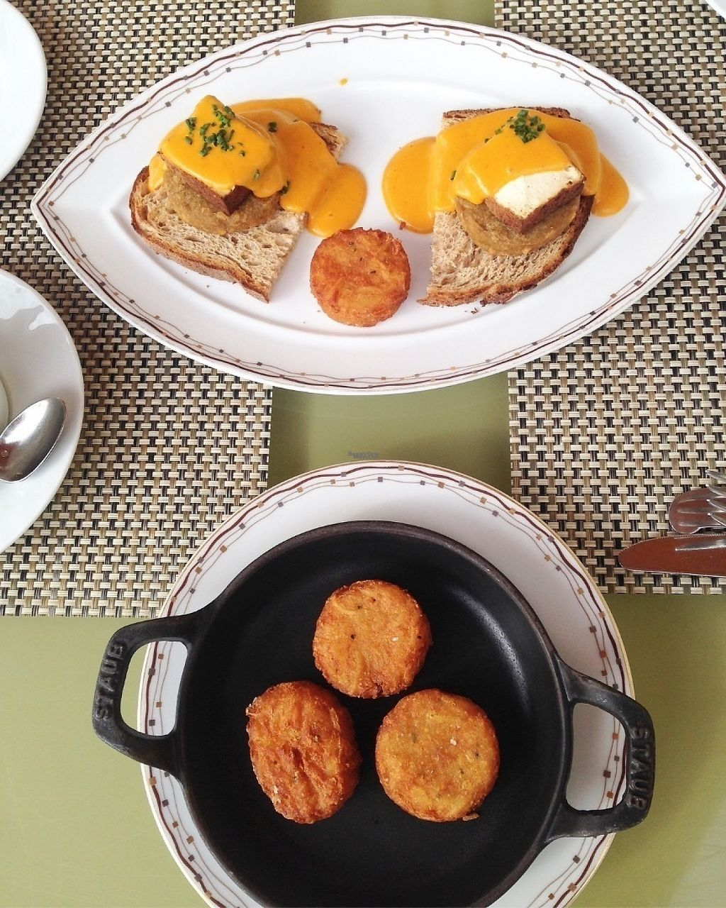 "Photo of Wynn Hotel - Tableau  by <a href=""/members/profile/Veganlove408"">Veganlove408</a> <br/>Eggs Benedict with side of potatoes  <br/> February 13, 2017  - <a href='/contact/abuse/image/72864/226320'>Report</a>"