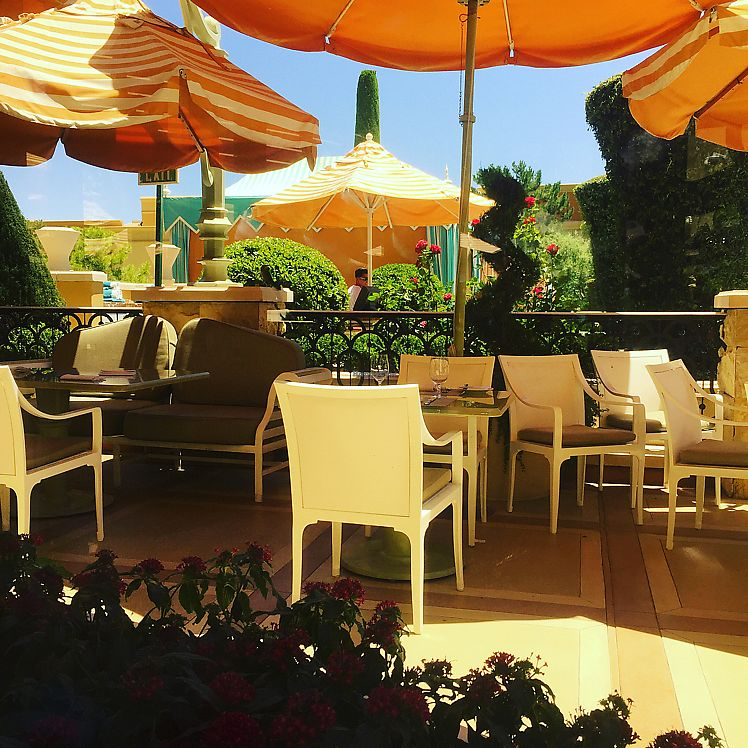 "Photo of Wynn Hotel - Tableau  by <a href=""/members/profile/happycowgirl"">happycowgirl</a> <br/>outdoor seating adjacent to the pool <br/> June 16, 2017  - <a href='/contact/abuse/image/72864/269628'>Report</a>"