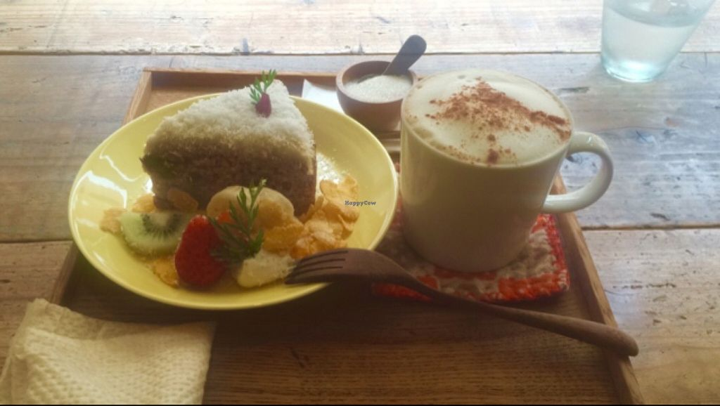 "Photo of k u p u  by <a href=""/members/profile/ume"">ume</a> <br/>soymilk chai latte and carrot cake w/ coconut cream + assorted fruits <br/> April 29, 2016  - <a href='/contact/abuse/image/72867/146672'>Report</a>"