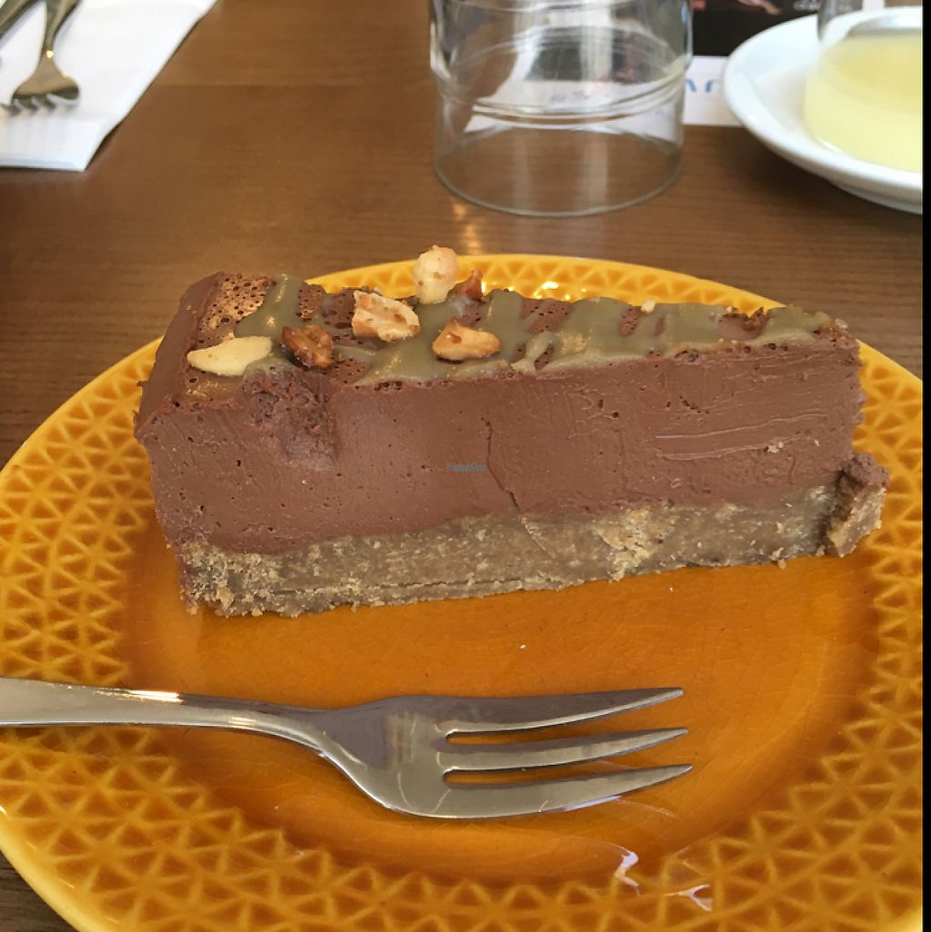 "Photo of Ou Bien Encore  by <a href=""/members/profile/YuriS"">YuriS</a> <br/>chocolate and caramel cake <br/> December 6, 2016  - <a href='/contact/abuse/image/72882/197815'>Report</a>"