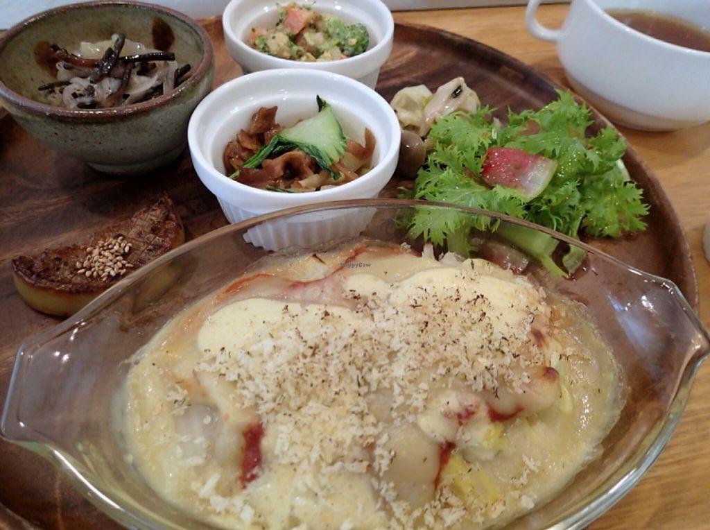 "Photo of Teru Cafe  by <a href=""/members/profile/SAITO%20Yoshinori"">SAITO Yoshinori</a> <br/>lunch set <br/> April 27, 2016  - <a href='/contact/abuse/image/72925/146478'>Report</a>"