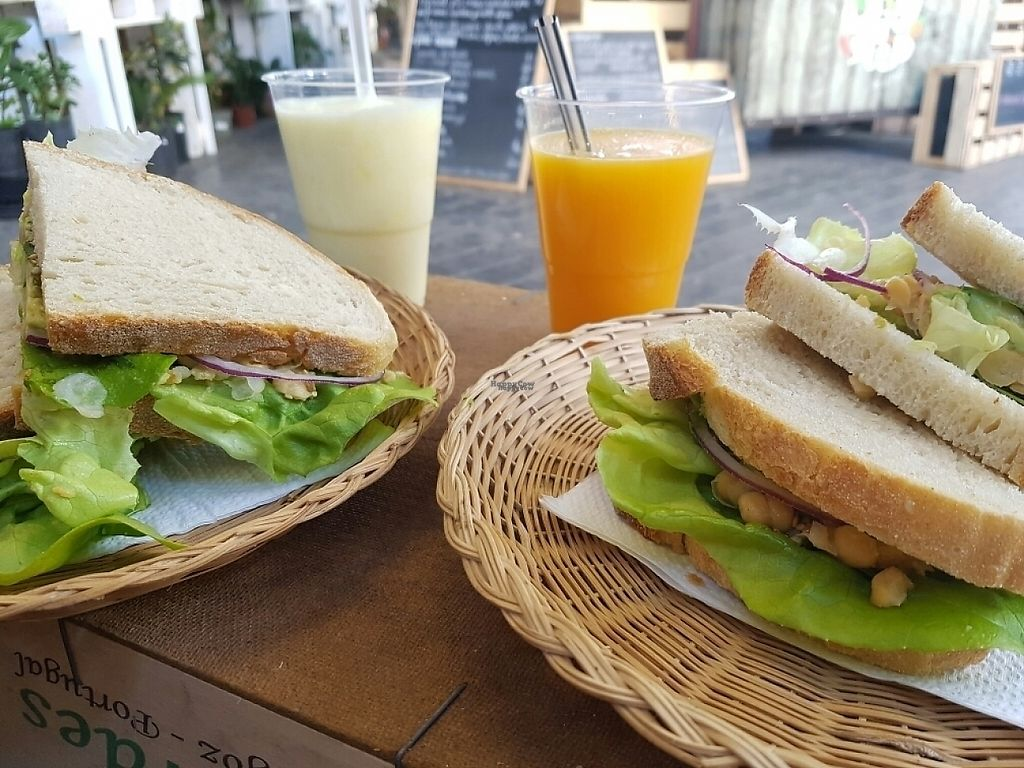 """Photo of Sabores - Food Stall  by <a href=""""/members/profile/M%C3%BCllerb%C3%A6"""">Müllerbæ</a> <br/>The vegan/vegetarian sandwich&orange/pineapple juices <br/> March 16, 2017  - <a href='/contact/abuse/image/72936/237080'>Report</a>"""