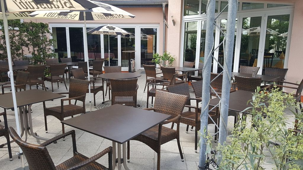 """Photo of Ristorante Toni  by <a href=""""/members/profile/Do-Yen"""">Do-Yen</a> <br/>Biergarten <br/> May 27, 2016  - <a href='/contact/abuse/image/72969/151000'>Report</a>"""