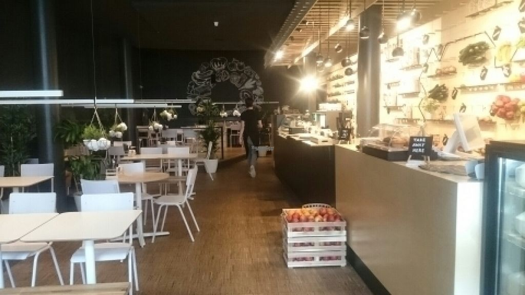 """Photo of SAP Bagel & Juice Bar - Stationsstraat  by <a href=""""/members/profile/Floerentine"""">Floerentine</a> <br/>inside <br/> August 4, 2016  - <a href='/contact/abuse/image/73032/165530'>Report</a>"""
