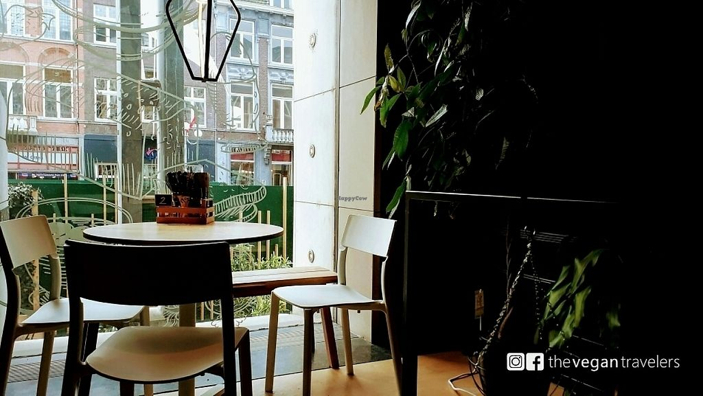 """Photo of SAP Bagel & Juice Bar - Stationsstraat  by <a href=""""/members/profile/thevegantravelers"""">thevegantravelers</a> <br/>instagram/facebook: thevegantravelers <br/> May 27, 2017  - <a href='/contact/abuse/image/73032/263036'>Report</a>"""