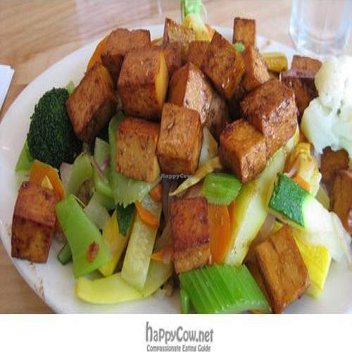 "Photo of The Natural Cafe - Hitchcock Way  by <a href=""/members/profile/jlautner"">jlautner</a> <br/>Steamed veggies on brown rice plus sauteed tofu <br/> June 26, 2009  - <a href='/contact/abuse/image/7303/2138'>Report</a>"