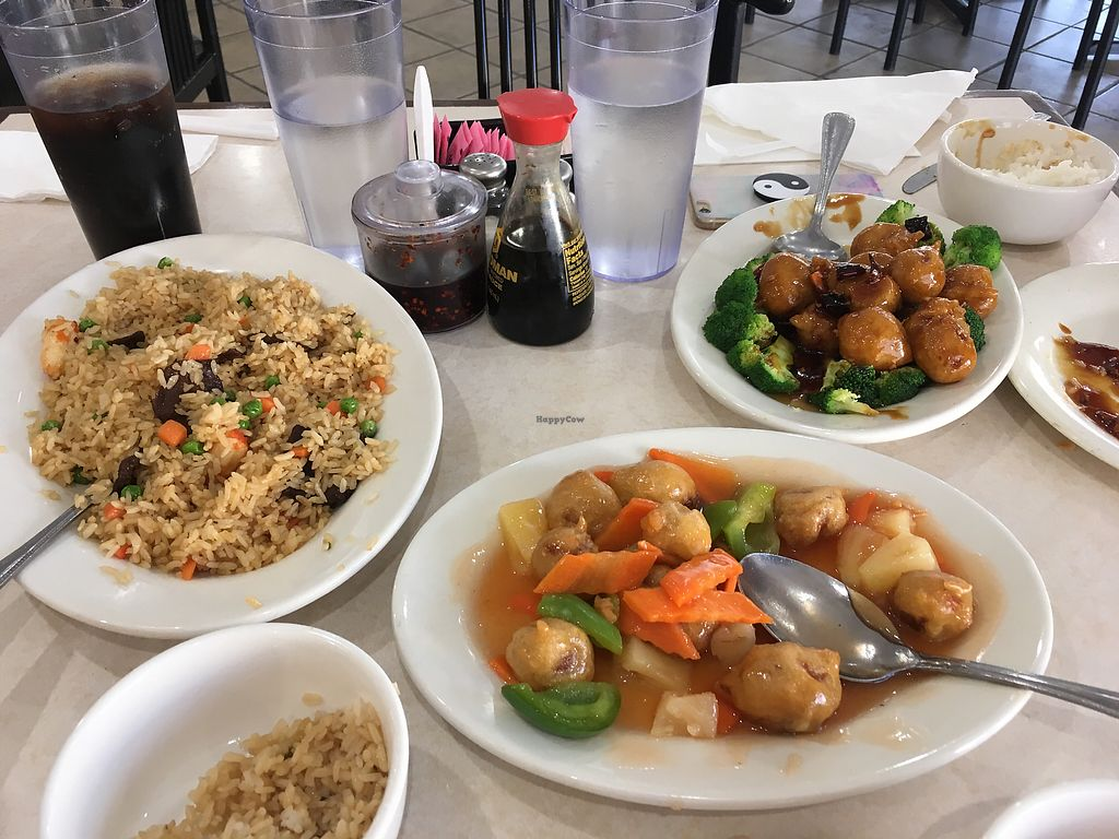 "Photo of Veggie Express  by <a href=""/members/profile/Tweezuh"">Tweezuh</a> <br/>Combination fried rice, Sweet and Sour chicken and Orange chicken. All vegan!! <br/> July 29, 2017  - <a href='/contact/abuse/image/73054/286012'>Report</a>"