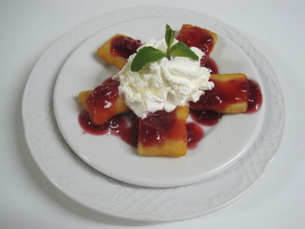"Photo of Bar Ajoblanco  by <a href=""/members/profile/Vasilieva"">Vasilieva</a> <br/>Fried camembert with raspberry jam <br/> April 30, 2016  - <a href='/contact/abuse/image/73107/146836'>Report</a>"