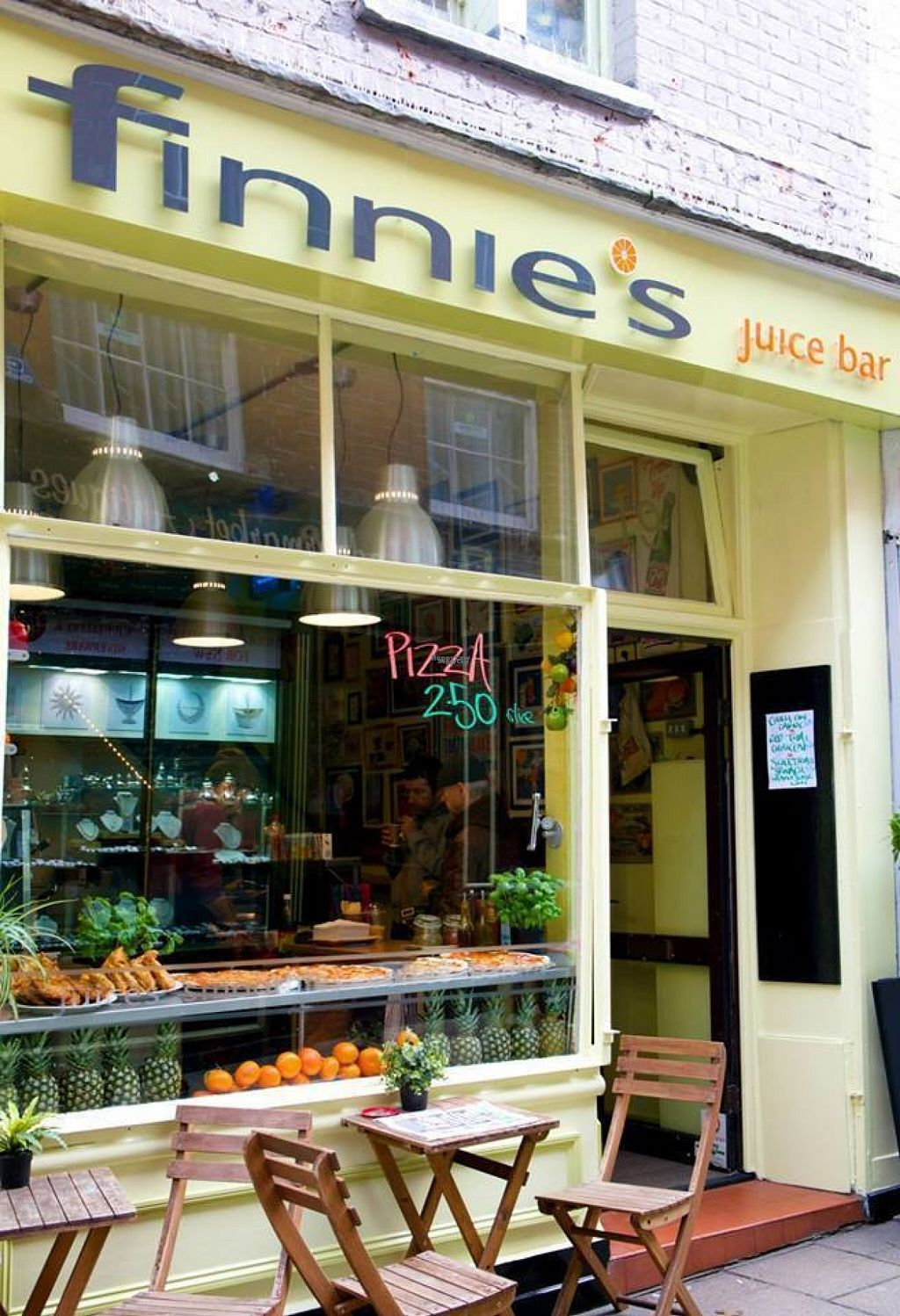 """Photo of Finnie's Juice Bar  by <a href=""""/members/profile/Meaks"""">Meaks</a> <br/>Finnie's Juice Bar <br/> August 4, 2016  - <a href='/contact/abuse/image/73135/165357'>Report</a>"""
