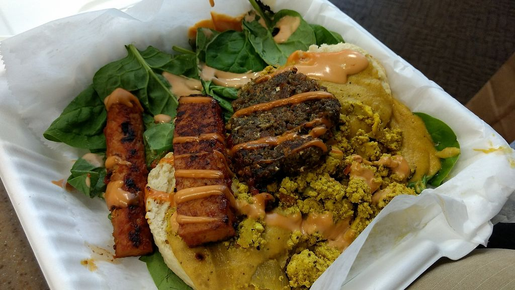 """Photo of Graze  by <a href=""""/members/profile/bduboff"""">bduboff</a> <br/>Last meal in TN. #TakeOut <br/> December 9, 2017  - <a href='/contact/abuse/image/73189/334014'>Report</a>"""