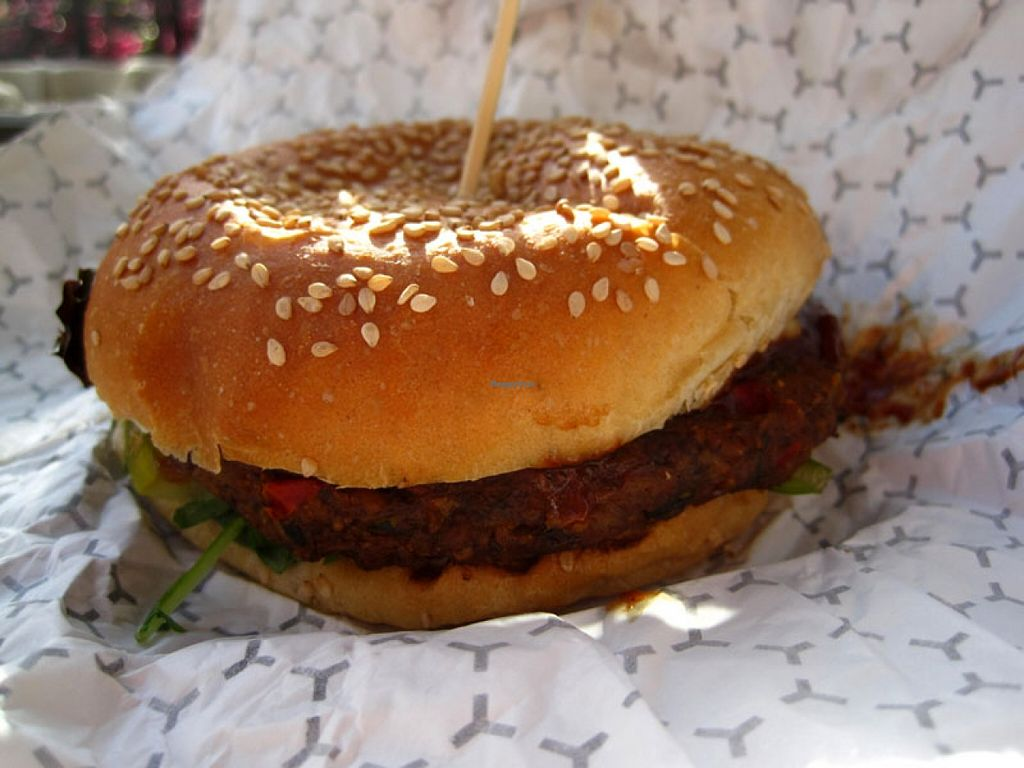 """Photo of CLOSED: Burger Vegan  by <a href=""""/members/profile/Babette"""">Babette</a> <br/>The Fantastic Tempeh Burger  This burger is very 'meaty' and absolutely delicious. The patty is huge <br/> May 19, 2016  - <a href='/contact/abuse/image/73238/149874'>Report</a>"""