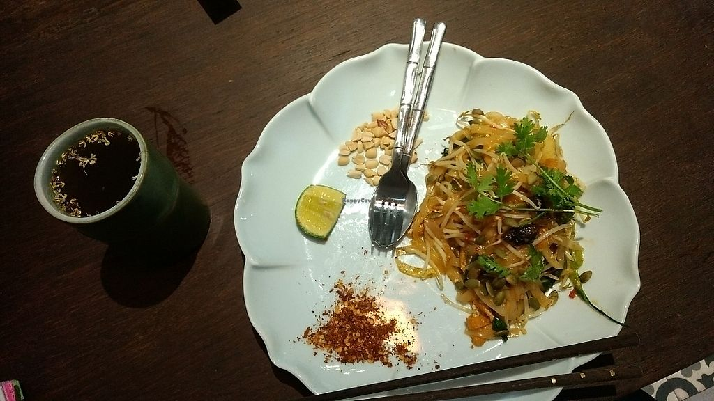 """Photo of Uu Dam Chay  by <a href=""""/members/profile/LexRigby"""">LexRigby</a> <br/>Pad Thai <br/> June 20, 2017  - <a href='/contact/abuse/image/73265/271314'>Report</a>"""