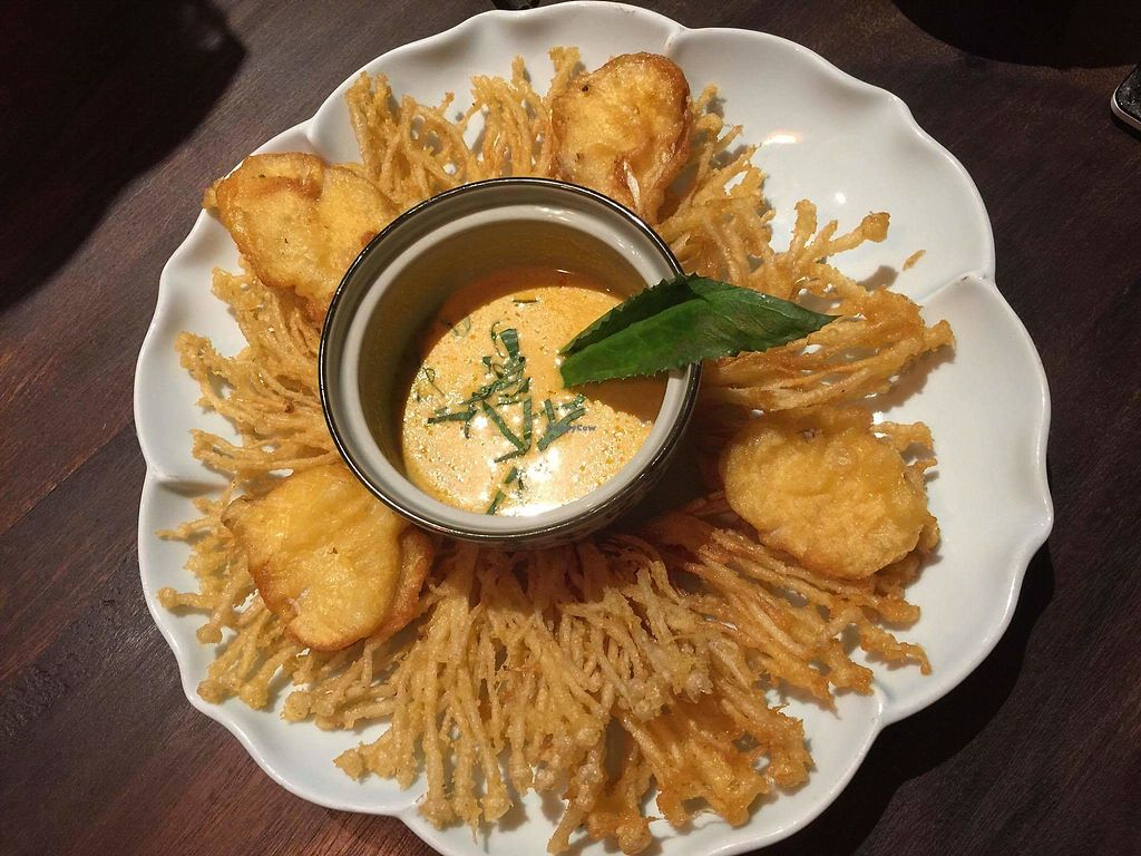 """Photo of Uu Dam Chay  by <a href=""""/members/profile/Trambau"""">Trambau</a> <br/>Fried mushrooms with Thai sauce and it's extraordinary! <br/> January 9, 2018  - <a href='/contact/abuse/image/73265/344589'>Report</a>"""