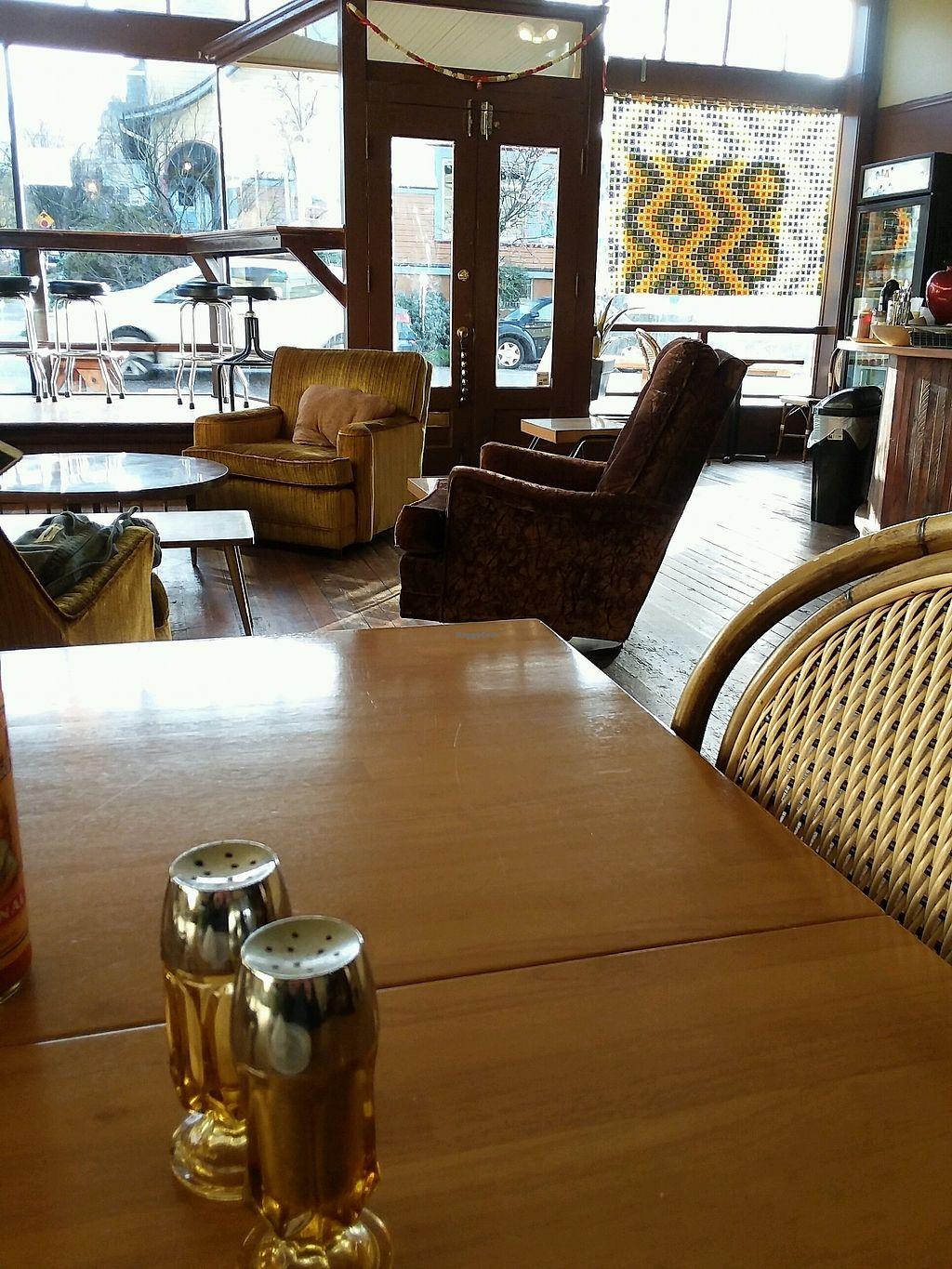"Photo of Triumph Coffee  by <a href=""/members/profile/Olgalbee"">Olgalbee</a> <br/>seating area <br/> January 30, 2018  - <a href='/contact/abuse/image/73275/352826'>Report</a>"