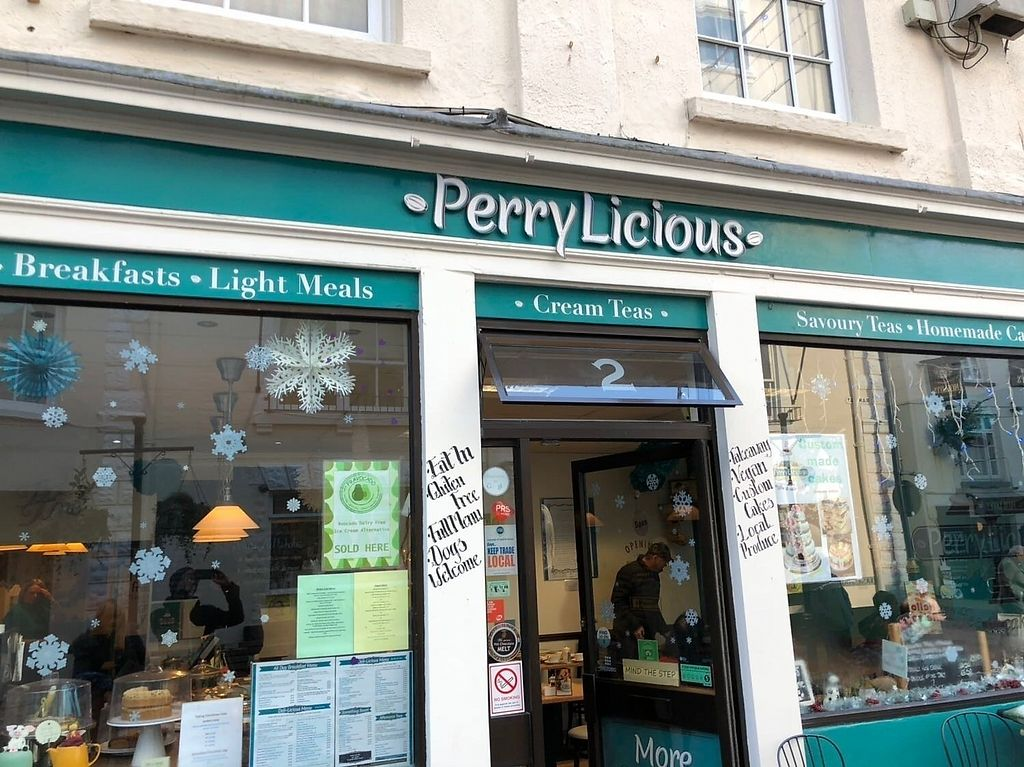 """Photo of PerryLicious Coffee and Cake Rooms  by <a href=""""/members/profile/drgemgem"""">drgemgem</a> <br/>The shop front <br/> December 23, 2017  - <a href='/contact/abuse/image/73298/338464'>Report</a>"""