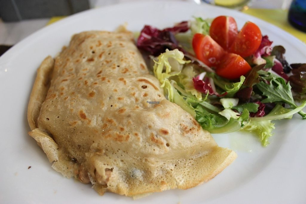 """Photo of 269 Gastro Vegan  by <a href=""""/members/profile/veggie_htx"""">veggie_htx</a> <br/>Vegan chicken and mushroom crepe <br/> March 23, 2017  - <a href='/contact/abuse/image/73324/239943'>Report</a>"""