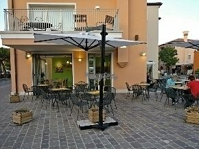 """Photo of CLOSED: Veggy Days - Caorle  by <a href=""""/members/profile/Lu73"""">Lu73</a> <br/>outside seats <br/> September 2, 2016  - <a href='/contact/abuse/image/73325/173066'>Report</a>"""