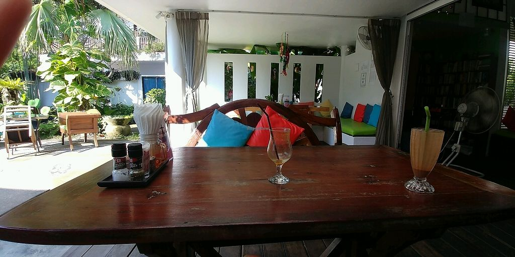 """Photo of Greenlight Cafe & Bar  by <a href=""""/members/profile/queencrosbie"""">queencrosbie</a> <br/>outside seating with pool view <br/> December 13, 2017  - <a href='/contact/abuse/image/73356/335119'>Report</a>"""