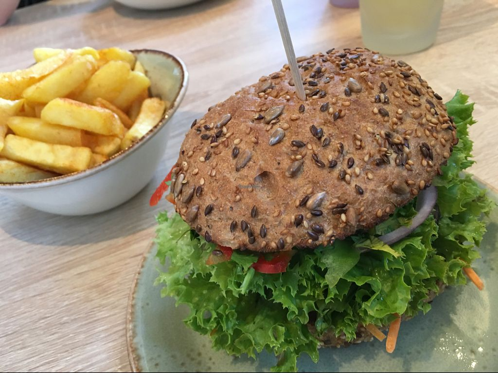 """Photo of CLOSED: My Heart Beats Vegan  by <a href=""""/members/profile/marky_mark"""">marky_mark</a> <br/>burger & fries <br/> July 2, 2016  - <a href='/contact/abuse/image/73364/157433'>Report</a>"""