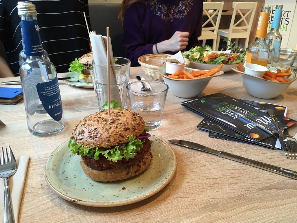 """Photo of CLOSED: My Heart Beats Vegan  by <a href=""""/members/profile/EmKlu"""">EmKlu</a> <br/>New York Classic Burger <br/> July 12, 2016  - <a href='/contact/abuse/image/73364/159448'>Report</a>"""
