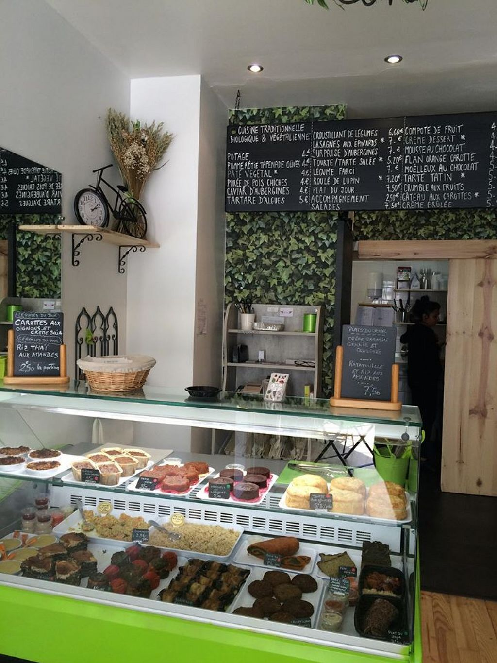 "Photo of CLOSED: Le Potager du Marais - Take Away  by <a href=""/members/profile/LauraMay"">LauraMay</a> <br/>Inside is pretty! <br/> May 26, 2016  - <a href='/contact/abuse/image/73369/150884'>Report</a>"