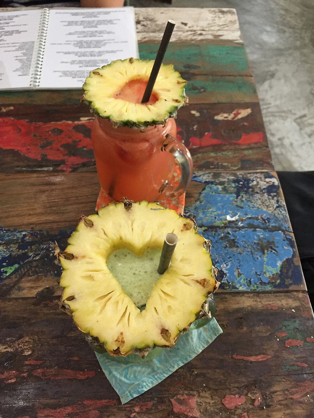"""Photo of CLOSED: The Spicy Coconut  by <a href=""""/members/profile/auroreFR"""">auroreFR</a> <br/>love the ananas hearts! <br/> August 19, 2017  - <a href='/contact/abuse/image/73419/294343'>Report</a>"""