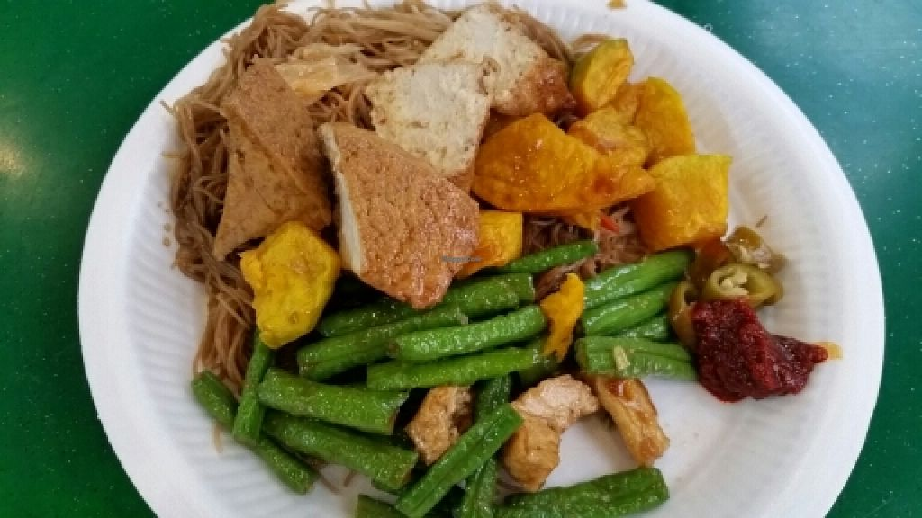 "Photo of Fo Shou Vegetarian Food  by <a href=""/members/profile/JimmySeah"">JimmySeah</a> <br/>vermicelli with long bean, pumpkin and bean curd <br/> May 8, 2016  - <a href='/contact/abuse/image/73425/148081'>Report</a>"