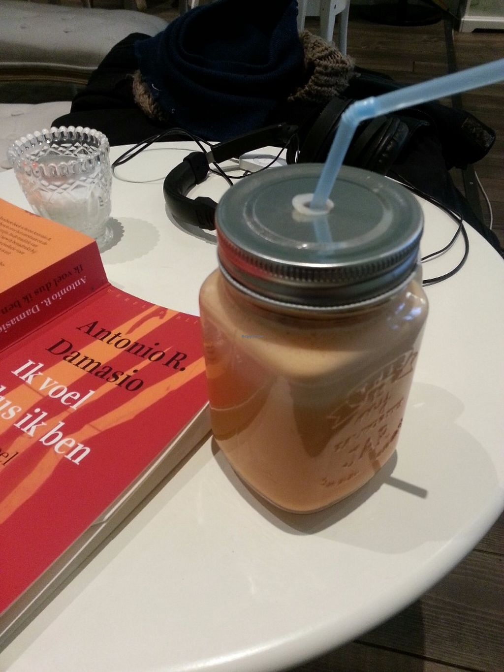 """Photo of Majesteit Taart  by <a href=""""/members/profile/MargoMustert"""">MargoMustert</a> <br/>Lovely sweet potato juice! It was cold pressed and she added ginger and cinnamon. I didn't know you could cold press sweet potato yet, but this was delicous!! <br/> May 29, 2016  - <a href='/contact/abuse/image/73433/151312'>Report</a>"""