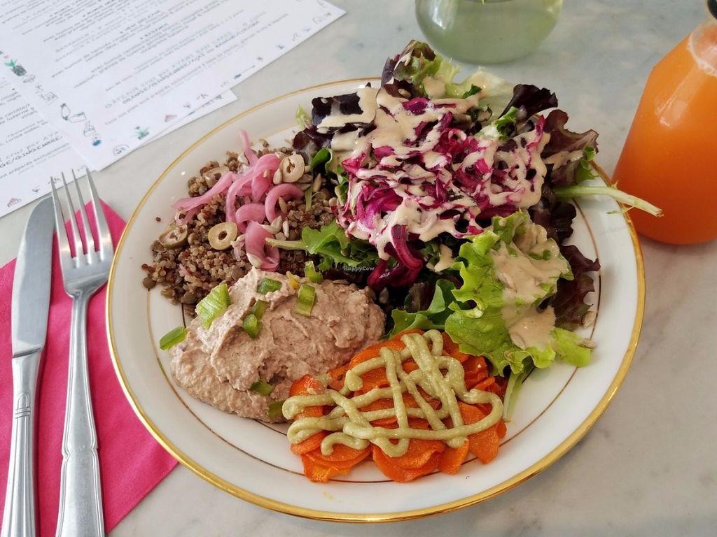 "Photo of Badaboom  by <a href=""/members/profile/KarimKanfoudi"">KarimKanfoudi</a> <br/>Salad <br/> June 27, 2016  - <a href='/contact/abuse/image/73436/156367'>Report</a>"
