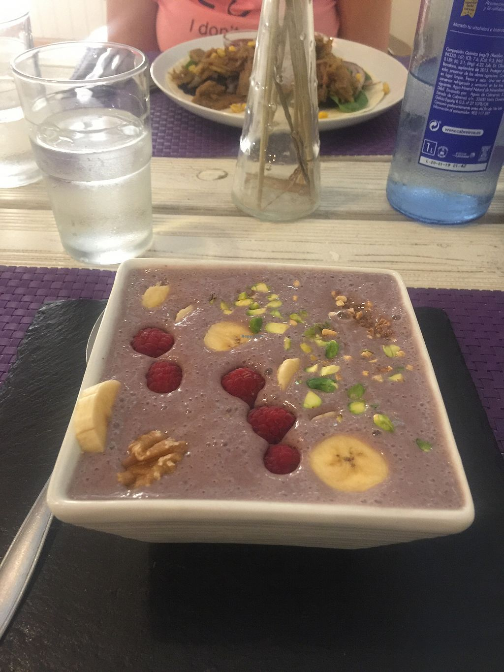 """Photo of Acai  by <a href=""""/members/profile/shervinv"""">shervinv</a> <br/>Acai Bowl <br/> August 9, 2017  - <a href='/contact/abuse/image/73437/290800'>Report</a>"""