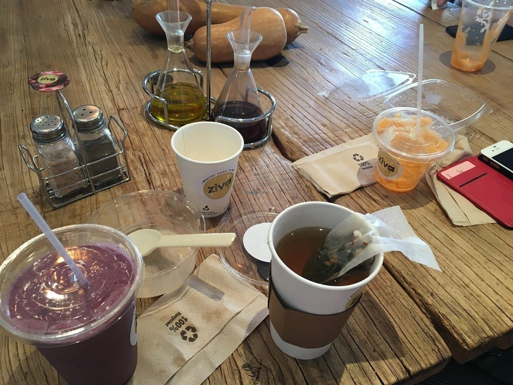 """Photo of Ziva To Go - Santa Catalina  by <a href=""""/members/profile/simmiefairy"""">simmiefairy</a> <br/>My food mess. Tea, musli, smoothie, juice  <br/> July 28, 2016  - <a href='/contact/abuse/image/73476/162877'>Report</a>"""