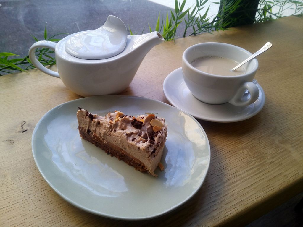 "Photo of Bonnie Day  by <a href=""/members/profile/tripapied"">tripapied</a> <br/>Banana and Chocolate cake with Chai Tea <br/> May 27, 2016  - <a href='/contact/abuse/image/73479/150943'>Report</a>"