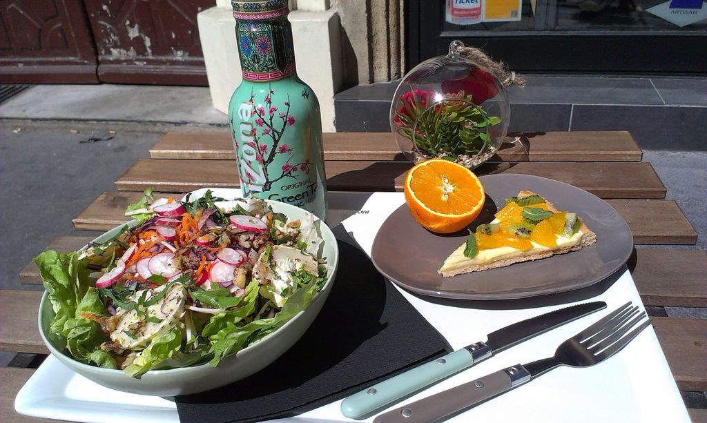 "Photo of Bonnie Day  by <a href=""/members/profile/tripapied"">tripapied</a> <br/>Goat cheese salad, orange mint and kiwi pie <br/> May 27, 2016  - <a href='/contact/abuse/image/73479/150946'>Report</a>"
