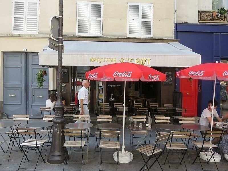 """Photo of Brasserie 2eme Art  by <a href=""""/members/profile/TrudiBruges"""">TrudiBruges</a> <br/>terrace Brasserie 2eme Art, Paris  <br/> November 19, 2017  - <a href='/contact/abuse/image/73690/326937'>Report</a>"""