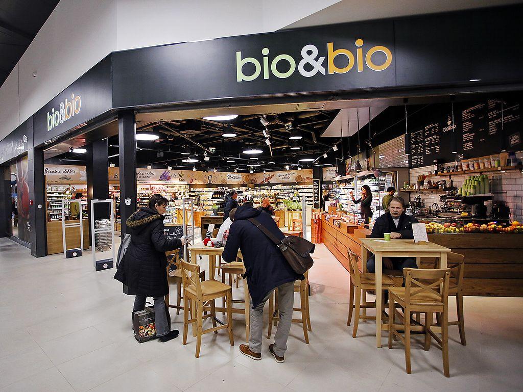 "Photo of bio&bio Cafe - Radnicka  by <a href=""/members/profile/community"">community</a> <br/>bio&bio <br/> July 26, 2017  - <a href='/contact/abuse/image/73691/285294'>Report</a>"