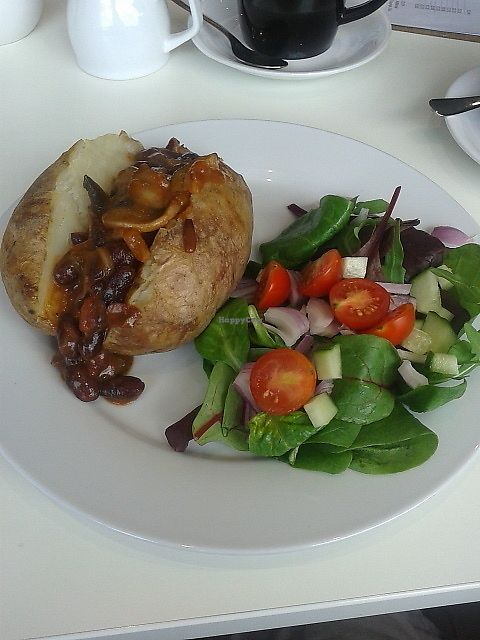 """Photo of Bojangles   by <a href=""""/members/profile/deadpledge"""">deadpledge</a> <br/>Baked potato and chilli with salad <br/> August 19, 2017  - <a href='/contact/abuse/image/73702/294229'>Report</a>"""